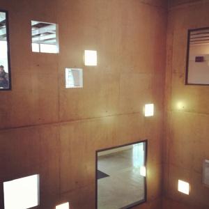On a été à l'EDHEC de Lille pour une réunion de famille et j'ai été séduite par l'architecture du bâtiment (oui, j'ai un problème d'addiction au béton)