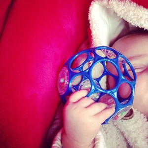 Oball_Rattle_bleue