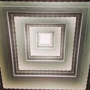 Le plafond du forum vu d'en bas